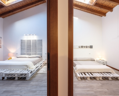 The White House On Lake Maggiore (TWHOLM) - Master Bedroom and adjoining Bedroom #2